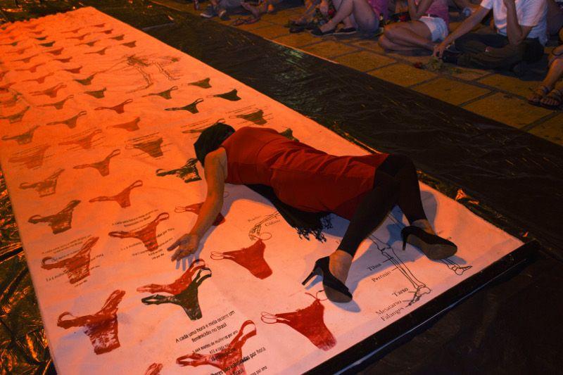 Tapete Manifesto - photo Beatriz Inaya