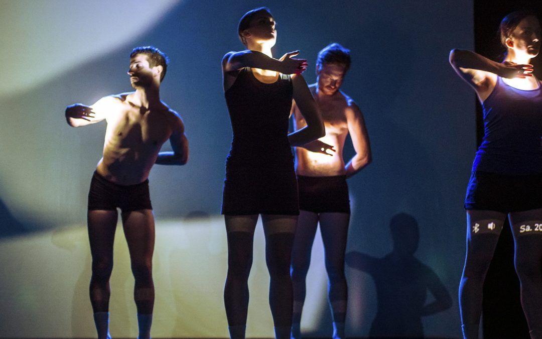 """Wunderbares Presse- und Publikumsecho für """"Mondo Paradiso"""" und """"Pink and Blue"""" am HochX"""